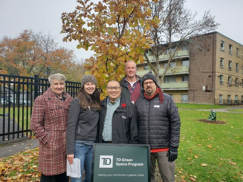 Councillor Paula Fletcher with LEAF, Park People and Toronto Forestry Partners